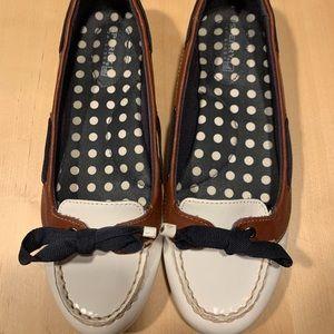 Women's sperrys flats size 6.5
